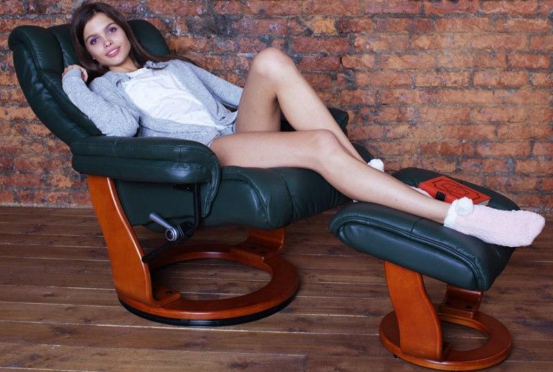Кожаное кресло реклайнер для дома и офиса Relax Zuel