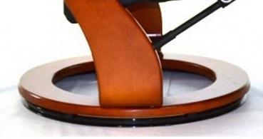 Кожаное кресло реклайнер для дома и офиса Relax Zuel основание